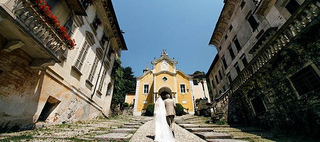 assunta-church-catholic-wedding-ceremony-lake-orta