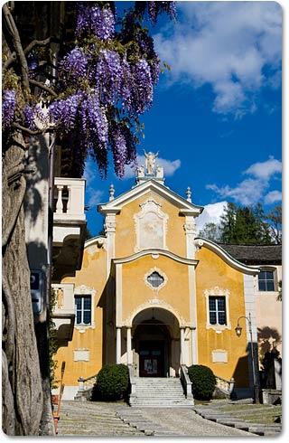 Weddings at Assunta Church lake Orta