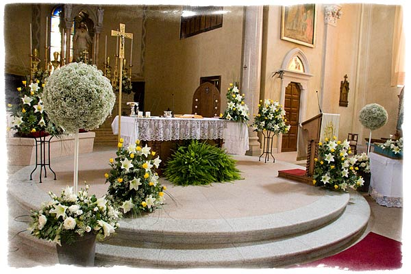 churchfloralarrangementsinstresa Color scheme Sabrina and Mauro choose