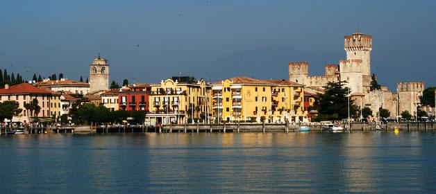 Discovering the magic Garda peninsulas