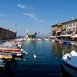 Lazise: the medieval pearl of Lake Garda