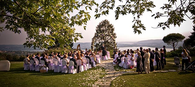 The Romance of a Pregnant Bride on Lake Varese