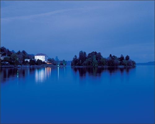 Lake-shore-Hotel-Lake-Maggiore