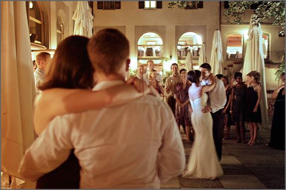 Wedding-party-on-Lake-Orta