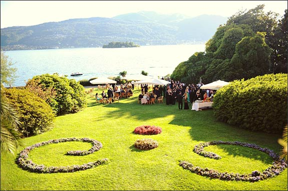 Lakefront wedding cocktail at Villa Rusconi Clerici