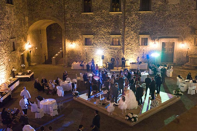 Bracciano's-castle-wedding