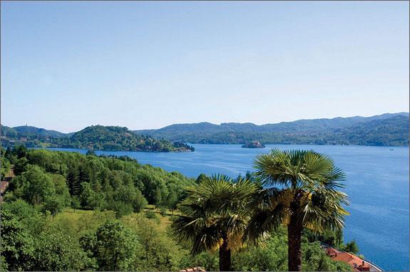 Lake-view-villa-on-Lake-Orta