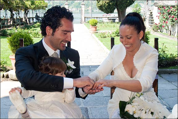 intimate-wedding-ceremony-in-Italy