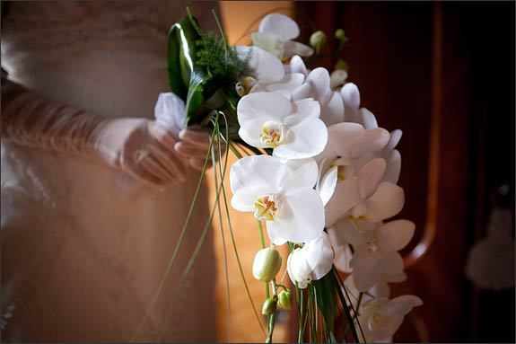 orchids-bouquet-by-La-Piccola-Selva-lake-Orta-florist