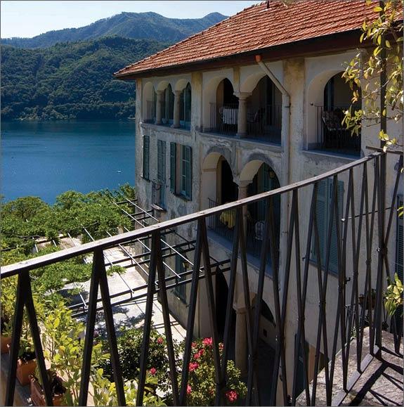 wedding-at-Villa-Antica-Colonia-Pettenasco-Lake-Orta