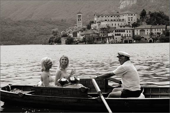 Orta-wedding-boat