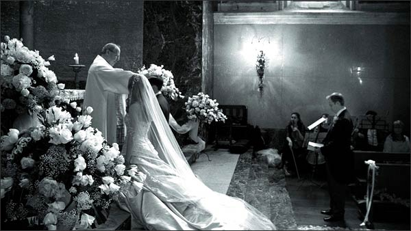 wedding-ceremony-in-Cadenabbia-church-Lake-Como