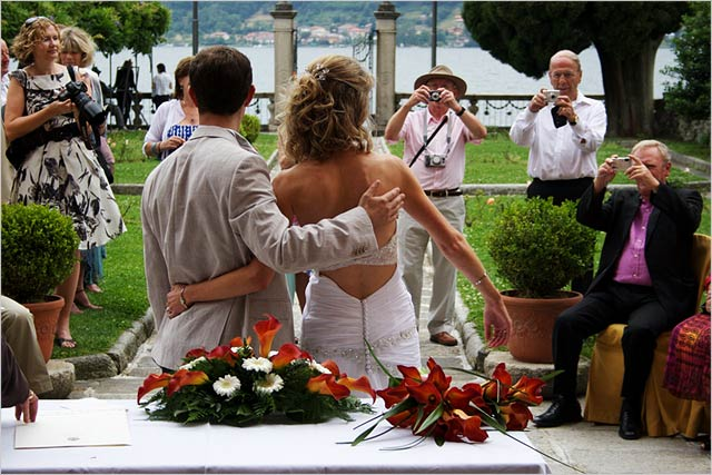 Villa-Bossi-lake-Orta-wedding-photographers