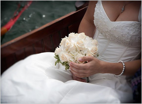 italian-white-hortensia-bouquet