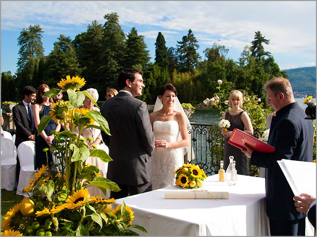 lakeview-wedding-ceremony-italy
