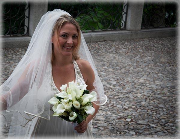 white mini calla lilies bouquet in Italy