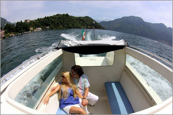 wedding-boat-trip-on-lake-Como