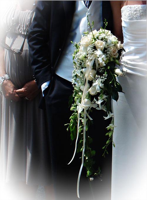 white-orchids-bridal-bouquet