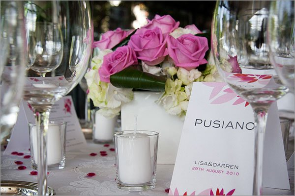 Fuchsia-pink-themed-wedding