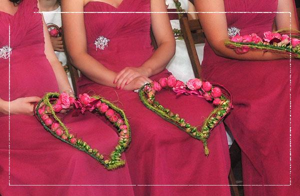 heart-shape-bridesmaid-bouquet