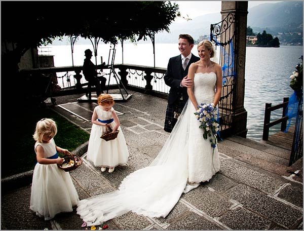 blue-white-themed-wedding-in-Italy