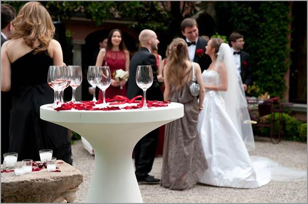 open-air-wedding-reception-on-Lake-Garda