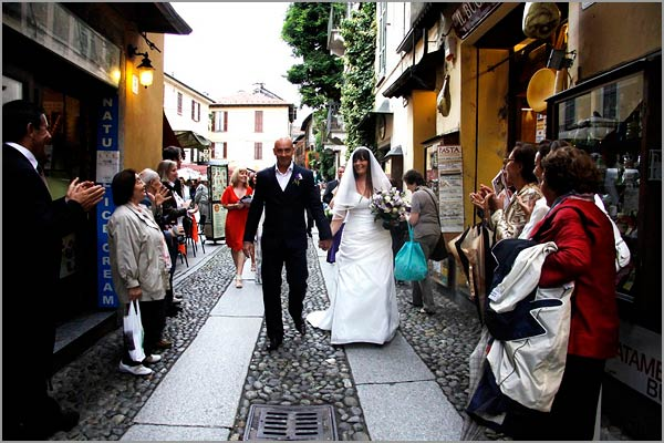 purple-themed-wedding-in-Italy