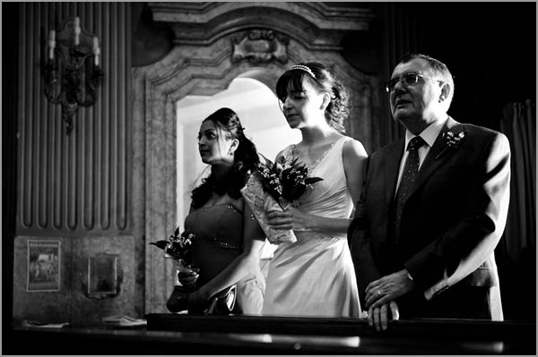 church-wedding-ceremony-in-Torri-del-Benaco-Lake-Garda