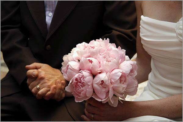 pink-peony-bridal-bouquet