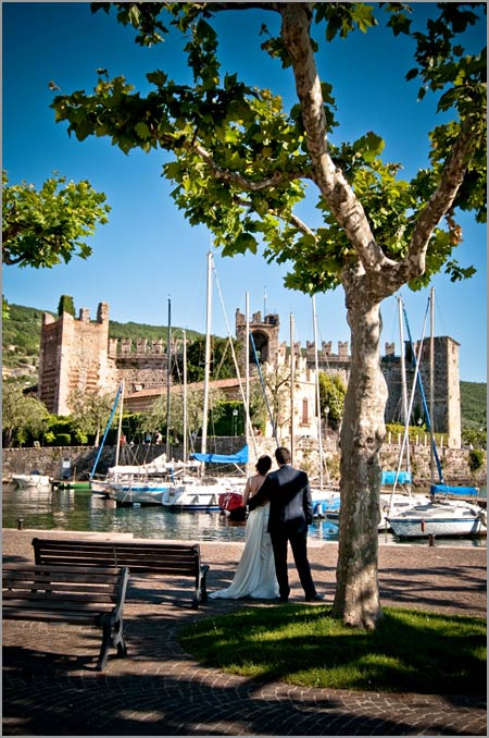 wedding-to-Torri-del-Benaco-castle-Lake-Garda
