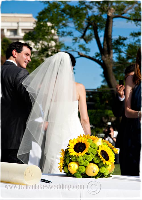 open-air-wedding-ceremony-Italy