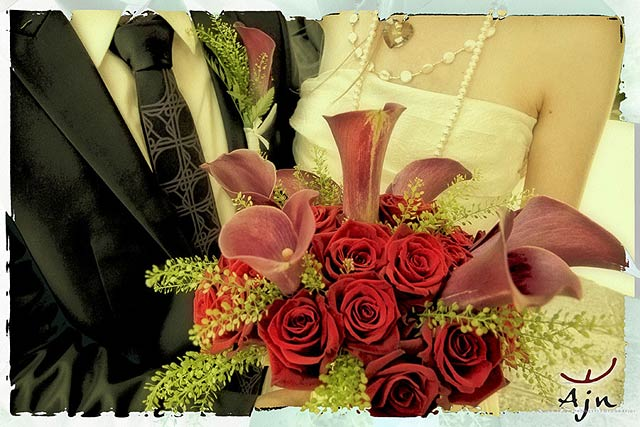 red-Calla-lily-bridal-bouquet
