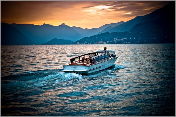 wedding-boat-trip-Varenna-lake-Como