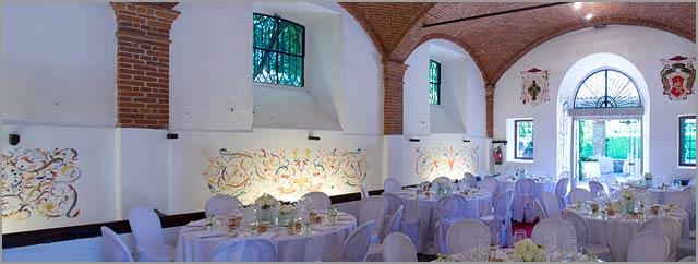 dinner-room-Villa-Giannone-lago-Maggiore