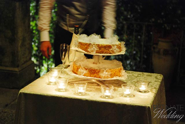 outdoor-intimate-wedding-dinner-in-Varenna-lake-Como