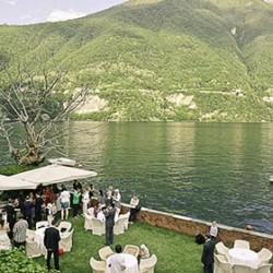 A very scenic wedding at lake Como