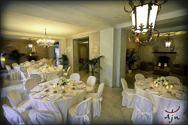 wedding-dinner-in-villa-Teodolinda-Laglio