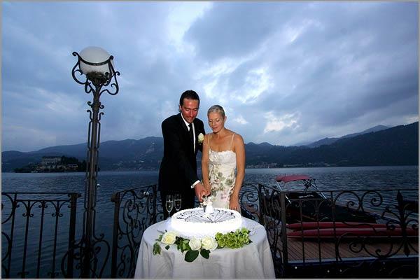 lake-Orta-wedding-cake