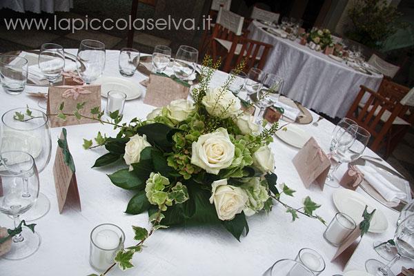 lapiccolaselva-Lake-Orta-flowers
