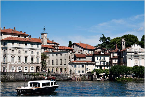 wedding-boat-trip-on-Lake-Maggiore