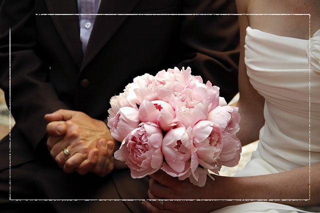 italian-peonies-bouquet