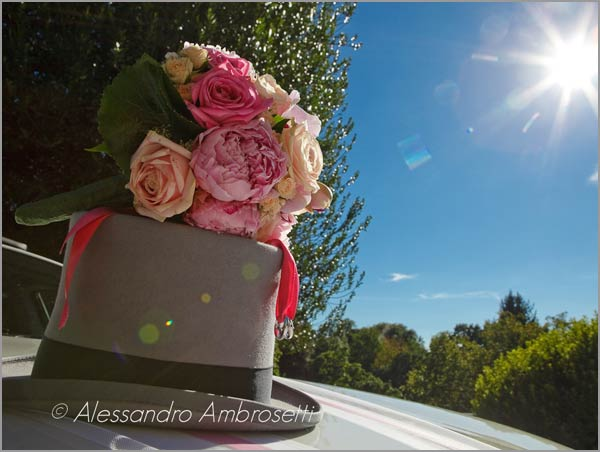 italian-bridal-peonies-bouquet