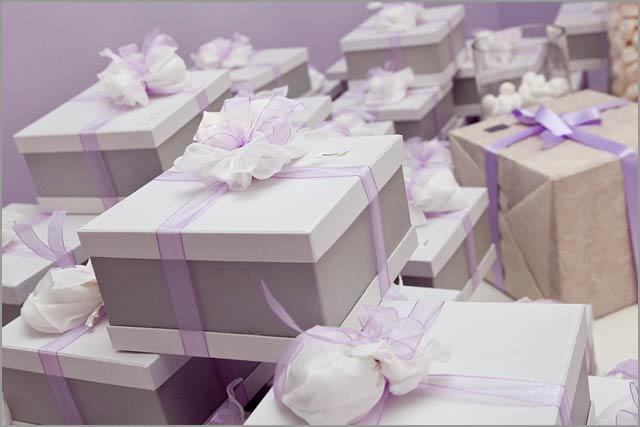 lilacweddinginItaly All tables had lilac table clothes and napkins and