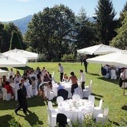 An outdoor wedding on Lake Orta