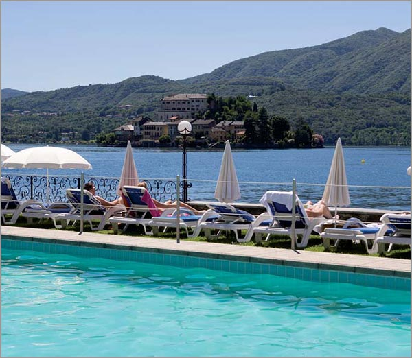 wedding hotel swimming pool on Lake Orta