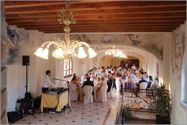wedding reception dinner in Agriturismo Lake Garda