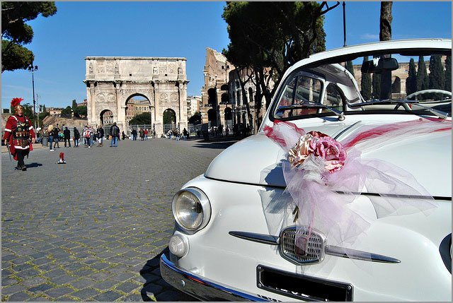 hire a vintage Fiat 500 for your wedding in Rome