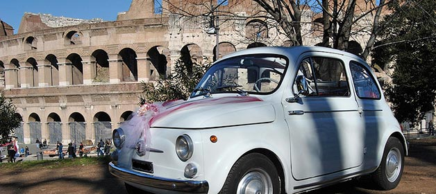 A Vintage Fiat 500 for your Rome wedding Dolce Vita Style