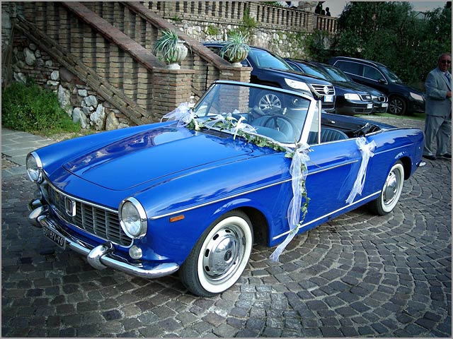 wedding vintage car Fiat Spider hire