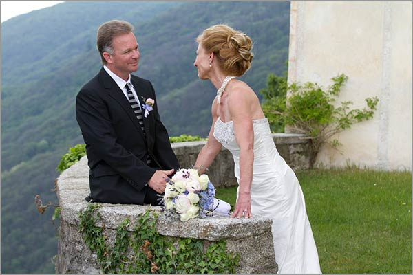 open air wedding ceremony in Italy